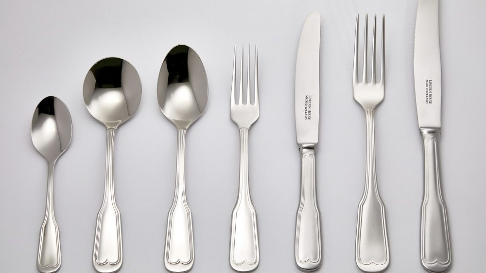 -FIDDLE STYLE S ENGLISH SILVERPLATE FISH FORK